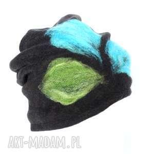 czapka handmade wełniana z kwiatem - wełna, czapka, zima, etno, ciepła