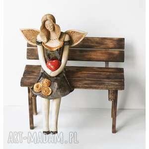 ceramika elegancki anioł z sercem, ceramika, anioł, serce, róże