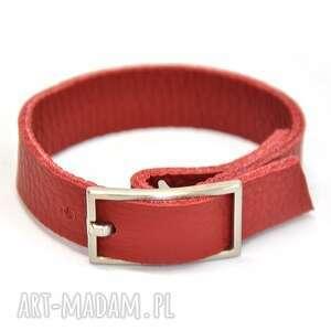 hand made b06 -07am czerwona skórzana biżuteria z dużą, prostokątną klamrą