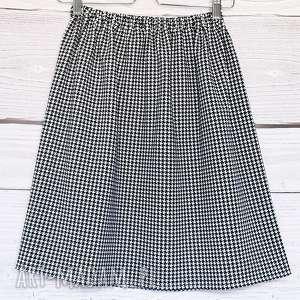 Spódniczka w klasyczną czarno-białą pepitkę, klasyczna-spódnica, pepitka