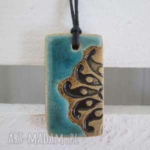pod choinkę prezent, etniczny turkusowy wisiorek, ceramiczny, wisior, etno