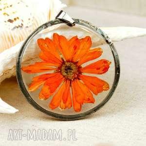 z06 naszyjnik z suszonymi kwiatami, herbarium jewelry, kwiaty w żywicy - naszyjnik z
