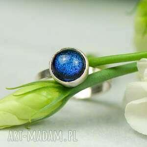 w głębinach nieba pierścionek srebrny a462, z niebieskim