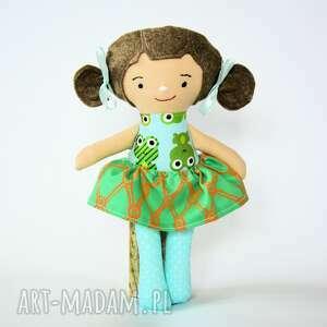 lala fruzia - monia 25 cm, lalka, żabka, dziewczynka, roczek, chrzciny, bezpieczna