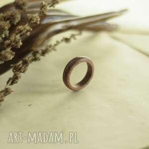 obrączki elegancka mahoniowa obrączka, drewniana mahoń