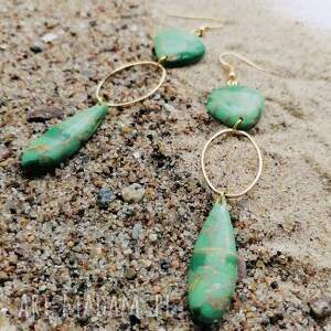 kolczyki green stone, zielony kamień, z kamieniem, długie
