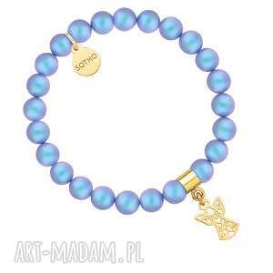 handmade pomysł na upominki na święta niebieska bransoletka z pereł swarovski® crystal ze złotym ażurowym aniołkiem