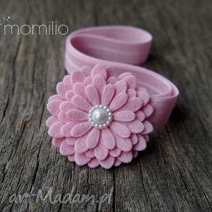 Kwiatek z perełką różowy opaska do włosów, chrzciny, uroczystości, elegancja, dodatek