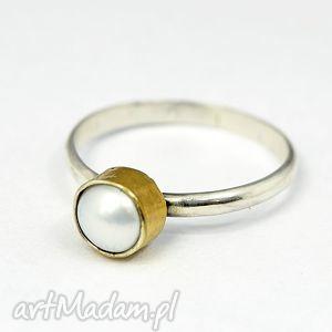 pierścionek z perłą - pierśczbionek, srpbrny, perła, 925, złocony