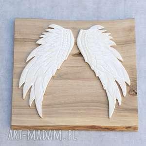 ceramika dekor ceramiczny - skrzydła, skrzydła na ścianę, anioł