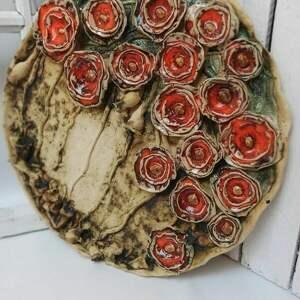 patera ceramiczna-maki polne, wystrój wnętrz, ręcznie lepione, ceramika
