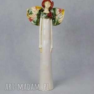 Anioł w jesiennym stylu ceramika, anioł-ceramiczny, wykonany-ręcznie