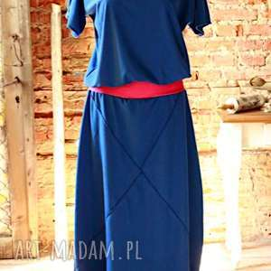Rita sukienka niebanalna, maxi, klasyczna, taliowana, oryginalna, efektowna, długa