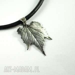 Wisiorki dragonfly artclay, srebro, rzemień, liść, listek,
