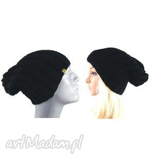 Prezent komplet dwóch czapek czarnych - damska i męska, czapka, czapki,