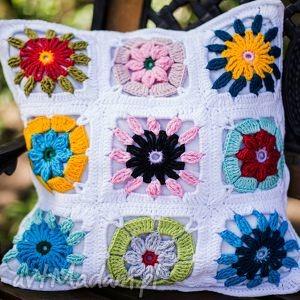 poszewka przytul kwiatule, poduszka, podszewka, włóczka, handmade, szydełko, kwiaty