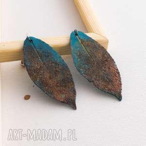 kolczyki w kształcie liści z efektem rdzy, kolczyki, liśćie, fimo, rdza, efekt