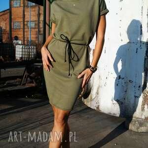 oliwkowa sukienka dresowa z krótkim rękawem - martini dress