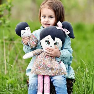 Prezent Lalka szmacianka Kalinka (opis pudełko), lalka-szmacianka, lalka-w-pudełku
