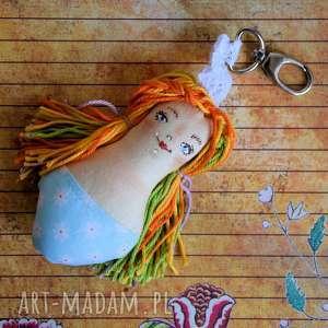 brelok - panna ścinka ręcznie malowana 1, brelok, lalka, kobieta