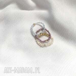 zestaw 3 pierścionków elastycznych, agat, siderit, perły, hematyt, złoto