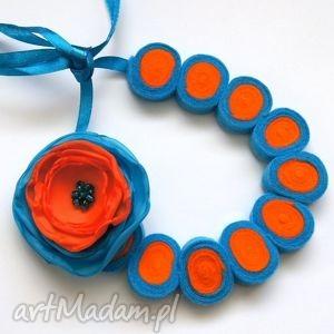 korale z filcu, filc, kwiat, korale, rękodzieło, modne, lekkie biżuteria