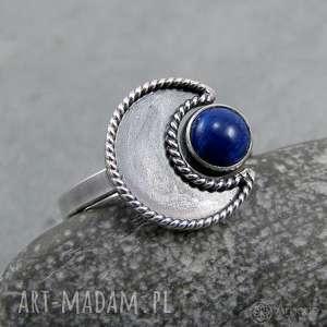 pierścionki w ramionach księżyca - lapis lazuli