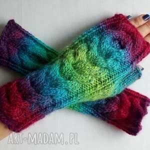 rękawiczki mroźne w tęczy, ciepłe, modne, kolorowe, młodzieżowe
