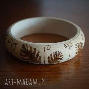 listna - drewniana bransoletka ręcznie wypalana - liść, minimalizm
