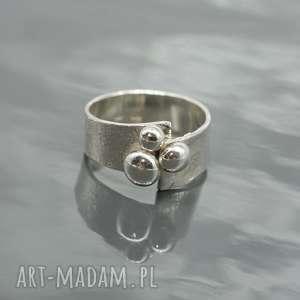 Srebrny pierścionek - Buttons, pierścionek, srebro, srebrny, surowy