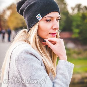 elegancki czarny long - jesień, zima, beanie, street