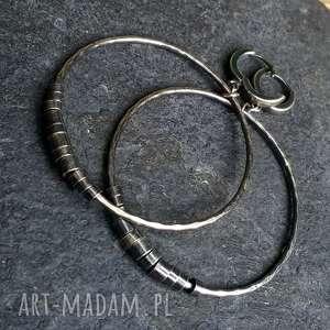 kolczyki srebrne duże koła, metaloplastyka, srebro oksydowane