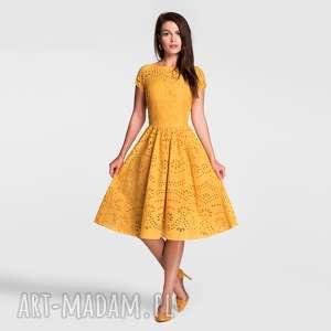 sukienki sukienka marie midi haft richelieu (miodowy)