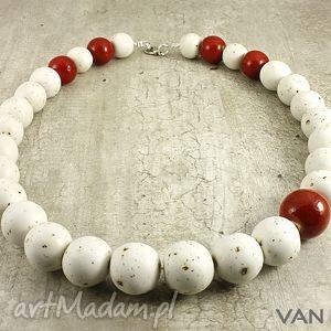 kremowe - korale, ceramika, biały, czerwony