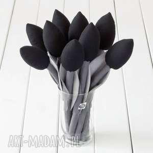 ręczne wykonanie dekoracje tulipany szaro czarny bawełniany bukiet