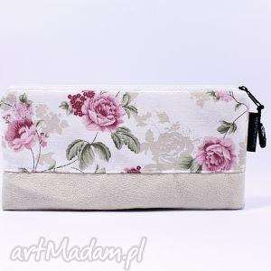 piórnik flowers 05, piórnik, kosmetyczka, róże, prezent, szkoła