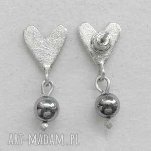 serduszko kolczyki, srebro, kamień, serce, wyjątkowy prezent