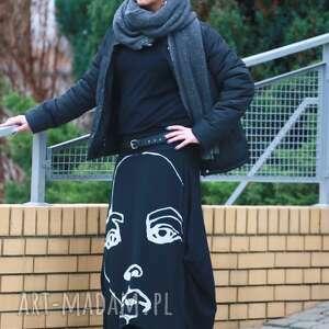 świąteczny prezent, face to face-spódnica, oryginalna, czarno biała, długa