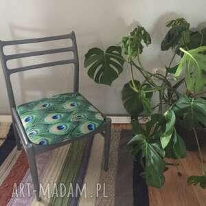 dom krzesło pawie pióra, krzesło, odnowione, prl, drewniane, tapicerowane