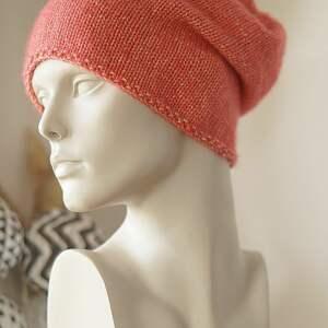 handmade czapki jesienna czerwona