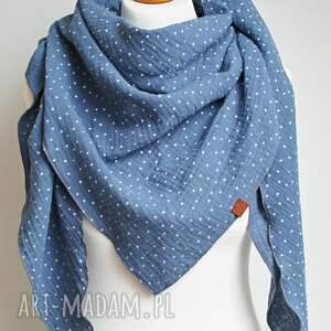 bawełniana chusta damska muślinowa niebieska, modna trójkątna