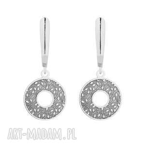 srebrne kolczyki z rozetami sotho - okrągłe, eleganckie, zapinane