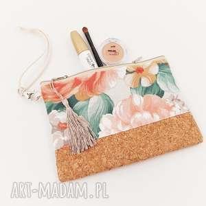handmade kosmetyczki kwiatowa saszetka