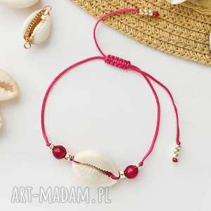bransoletka z muszelką kauri i agatem różowym fuksja, bransoletki