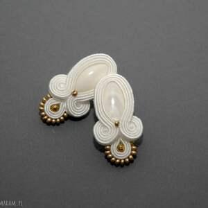 białe kolczyki sutasz z masą perłową, sznurek, ślubne, białe, sztyfty, perła