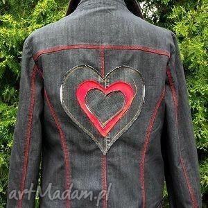 jeansowa kurtka z sercem - kurtka, jeans, dżins, serce, recykling, modne
