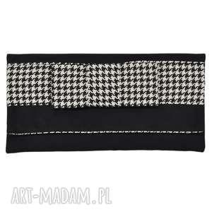 03-0021 czarna torebka kopertówka wieczorowa do ręki crow, torebki kopertówki