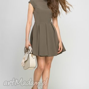 Sukienka ze stójką, SUK143 khaki, midi, zielona, kieszenie, stójka, rozkloszowana