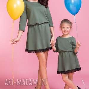 Komplet dwóch sukienek z koronką TM1/TD1, zielony, sukienka, elegancka, koronka