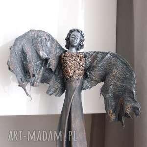 anioł szczęścia, figura anioła, na szczęście, talizman, prezent do domu